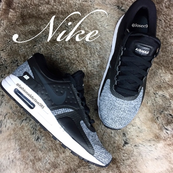 Nike Air Max Zero Women's Black white oreo shoes